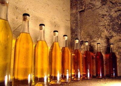 Taste-Scenario_viaggi-Armagnac_bottiglie