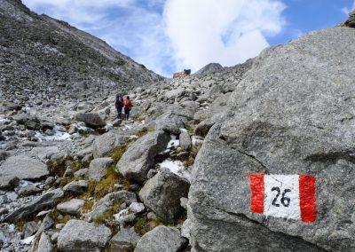 hiking-to-the-hut_verso-il-rifugio_Taste-Scenario
